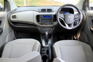 Level kenyamanan interiornya layak dengan para low MPV asal Jepang.