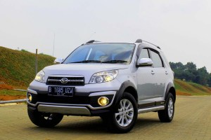 Test Drive New Daihatsu Terios TX AT Adventure