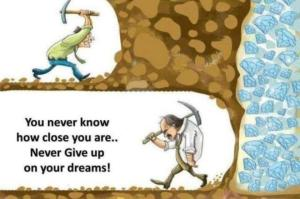 Picture Quote ~ Never Give Up ~ 01-767200