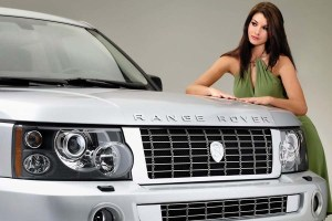 Land_Rover_Woman_Car_8177_1440x900