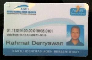 Salah satu profesiku, agen asuransi mobil Garda Oto bersertifikasi.