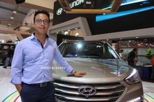 Sandy Hartono, Desainer Interior Hyundai dan GENESIS, saat berkesempatan hadir di Indonesia.