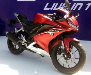"""Yamaha All-New R15 tampil lebih racy dan dijuluki """"Baby R6""""."""